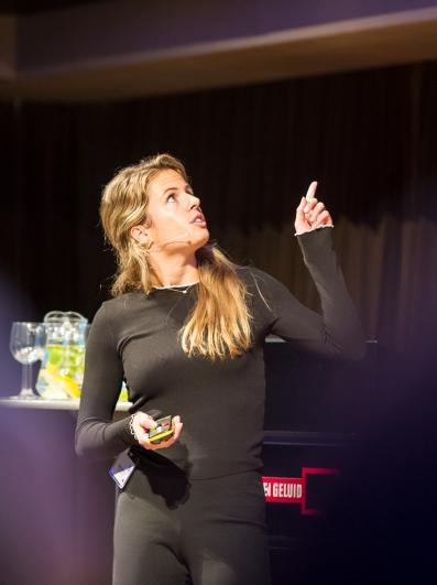 Chantal Antonidus van Avrotros op Cross Media Cafe