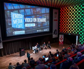 Panel Cross Media Café Video on Demand